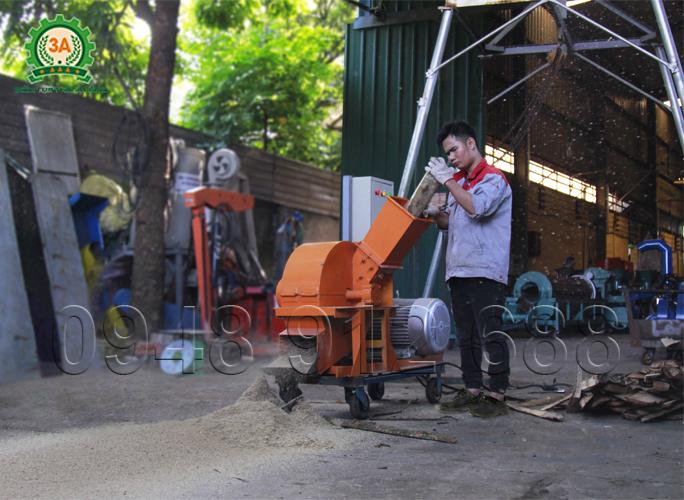 Máy băm dăm gỗ 3A15Kw, Máy băm gỗ thành mùn cưa