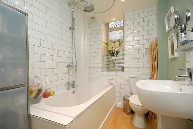 Cách vệ sinh nhà tắm